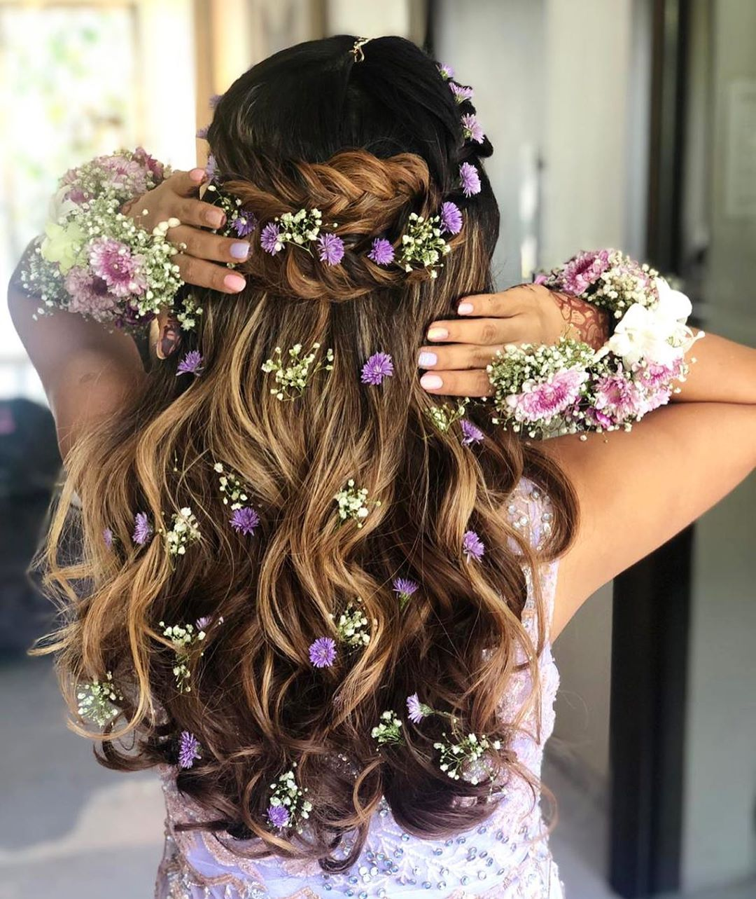bridal hairstyle flower